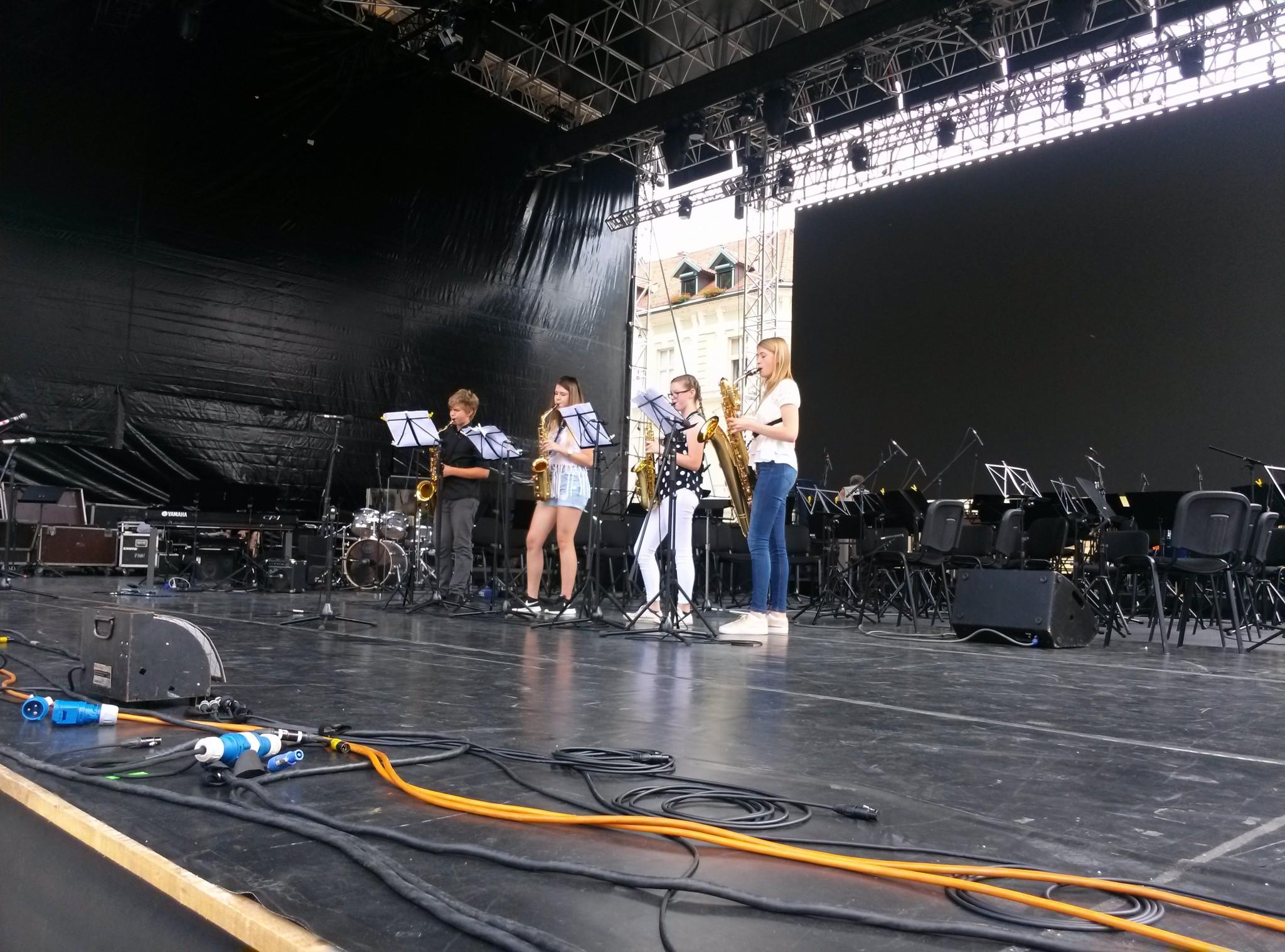 Kvartet saksofonov na Kongresnem trgu